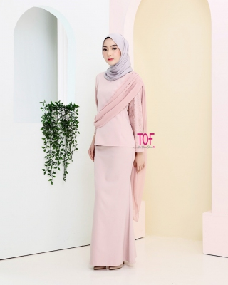 Y0144 - LYDIA KURUNG - IN FLAMINGO PINK
